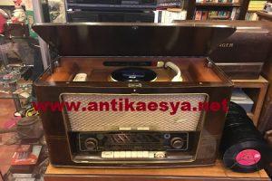Eski Radyo Alanlar